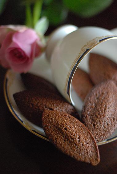 チョコレートのフィナンシェ